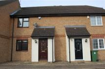 Pound Lane Central Terraced house to rent