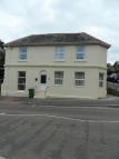 Flat to rent in North Road, Shanklin...