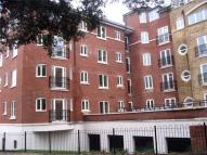 2 bedroom Apartment in Aveley House...