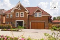 Town House for sale in Chipstead