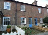 Terraced property to rent in Luton Road, Harpenden