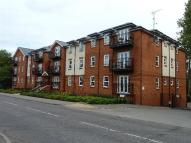 Flat to rent in Stephens Court...