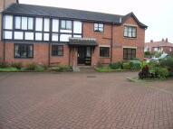 Apartment in Thornhill Close...