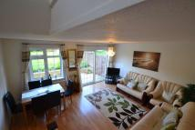 3 bedroom semi detached home in Fern Walk, Calcot
