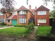 5 bed semi detached house in Stanhope Road, Reading