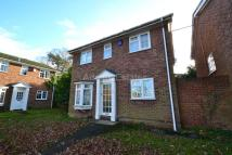 Detached home to rent in Whitby Drive, Reading