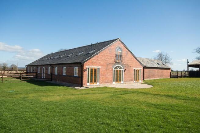 3 Bedroom Barn Conversion For Sale In Cornish Hall Barns