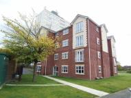 2 bed Flat to rent in Warwick Court, Denton...