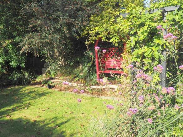 Bel garden 2.jpg