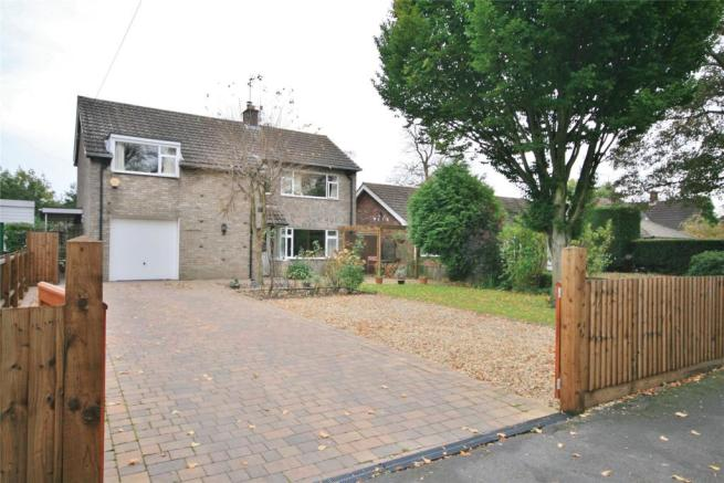 4 bedroom detached house for sale in welby gardens for Welby gardens