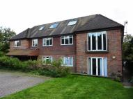 Flat in Bluehouse Lane, Oxted...