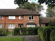 3 bed Maisonette for sale in Ridlands Rise, Oxted...