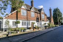 Apartment in High Street, Limpsfield...