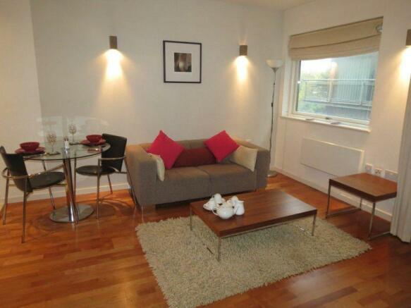 Studio Apartment Manchester studio apartment to rent in lumiere building, 38 city road east