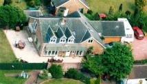 5 bed Detached property for sale in Old Road...