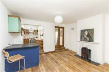 2 bedroom End of Terrace house in John Street...