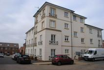 Flat for sale in East Fields Road...