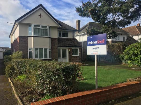 2 bedroom apartment to rent in Westfield Gardens Highcliffe BH23