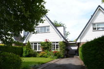 3 bedroom Detached home in Wenlock Drive, Newport...