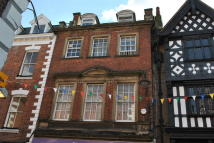 Flat to rent in High Street, Whitchurch...