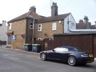 1 bedroom Flat to rent in Grove Road, Grays, RM17