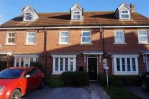 3 bed Terraced house to rent in Harewood Crest, Brough