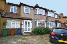 4 bedroom semi detached property in Mount Drive...