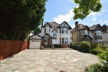 6 bedroom Detached property to rent in Uphill Road, London, NW7
