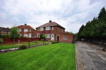 2 bed semi detached house in The Crossways...
