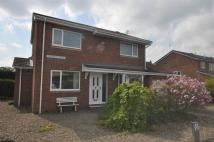 3 bed Detached home in Carron Crescent...