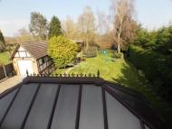 5 bedroom Detached property in Orchard Avenue, CM11