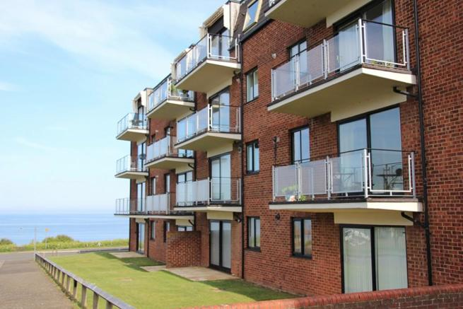2 Bedroom Apartment For Sale In Westcliffe Court Cliff
