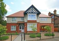 Flat to rent in Tower Road, Tadworth