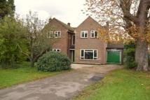 5 bedroom Detached property to rent in Farm Lane, Ashtead