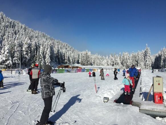 Kids ski area