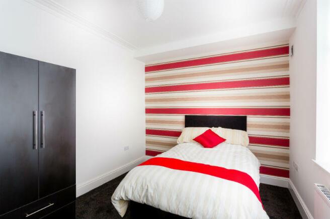 Copy of 16-suffolk-street-student-accommodation-bedroom1-spec