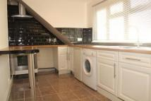 3 bed Flat in Woodland Way, Mill Hill...