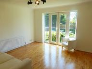 Flat to rent in Franklin Close...