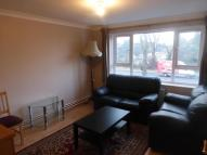 1 bed Flat in Bramley Road, Oakwood...
