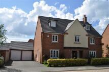5 bedroom Detached home in Barnards Way...