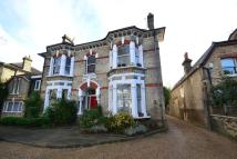 Flat to rent in LONSDALE ROAD, London...