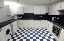 5 bedroom Terraced house to rent in Deptford Place, Plymouth