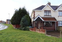 2 bedroom semi detached property in LITTLEWOOD LANE...