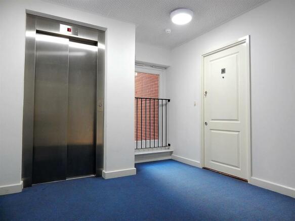 Communal Hallway/Lift Access