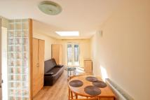 Studio flat to rent in Sunny Gardens Parade...
