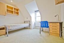 Studio apartment in Finchley Road, London...