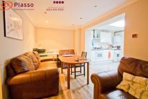 4 bed Flat to rent in Brondesbury Road, London...