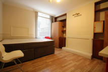 House Share in Bell Lane, London, NW4