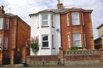 2 bed semi detached property to rent in Abingdon Road, Ryde...