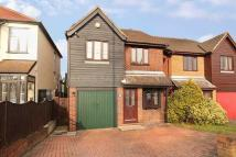 3 bedroom Detached property in Tomswood Hill, Chigwell